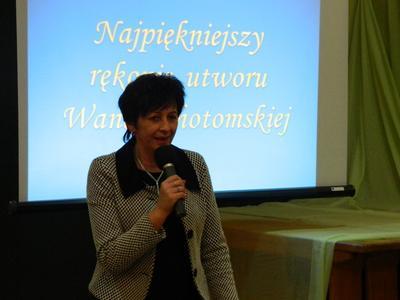 11 grudnia 2013 roku w ZSP nr 1 w Przecieszynie przeprowadzono konkurs pięknego przepisywania piórem ut