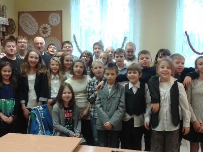 Dnia 19.12.2014 w klasach V i VI odbyły się lekcje języka angielskiego z mieszkańcem Wielkiej Brytani