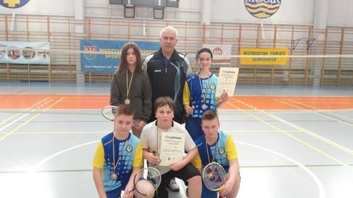 mistrzostwa_powiatu_badminton.jpg