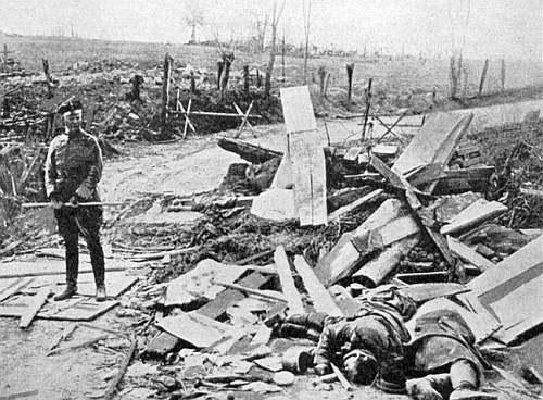 wojenny zwykły widok po przejściu frontu