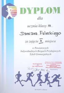 Dyplomy zawodników.