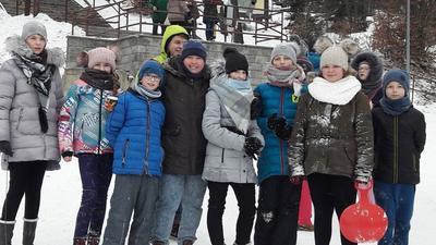 W dniach 22,23,24 lutego 2018 r. uczniowie klas IV-VII uczestniczyli w wycieczce szkolnej do Krynicy Zdr�