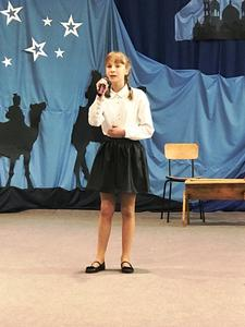 Śpiewa Łucja Łyszczarz