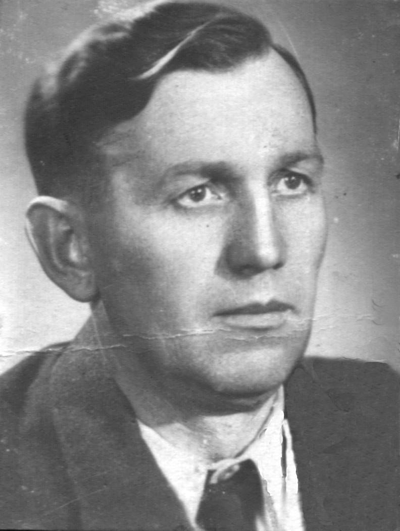 Zdjęcie portretowe Józefa Twaroga