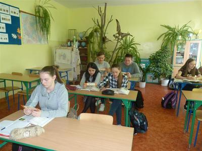 W dniu 8 kwietnia 2016 r. z inicjatywy Gminnej Biblioteki Publicznej w Gościeradowie rozdawane były  za