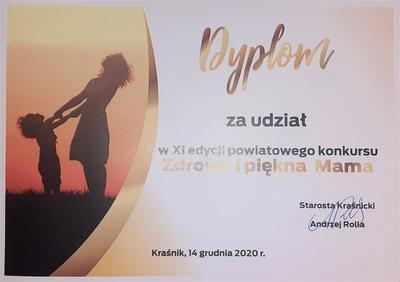 """Nagrody i dyplomy w konkursie """"Zdrowa i Piękna Mama""""."""
