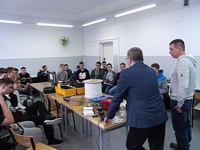 26 stycznia 2016 na lekcji w Technikum Informatycznym gościli przedstawiciele firmy Instalnet
