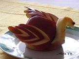 Łabędź z wytworzony z jabłka- wynik pracy uczestników zajęć