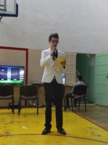 Na zdjęciu Szymon Szostak - pomysłodawca turnieju
