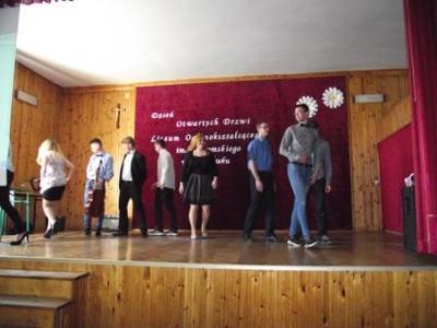 Na zdjęciu od lewej Paulina Drumlak, Kamil Matysiak, Sebastian Januszczak, Mateusz Jaśkiewicz, Marzena