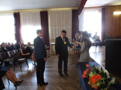 Na zdjęciu od od prawej Katarzyna Flis,Aneta Stręciwilk,Szymon Szostak, Magdalena Majewska,Łukasz Mazu