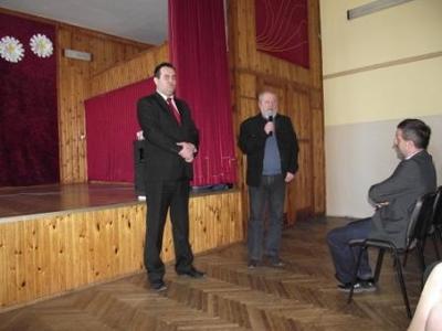 Na zdjęciu od lewej Wójt Gminy Zakrzówek Grzegorz Lemiecha, członek Rady Gminy Wojciech Sochal