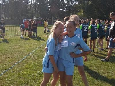 Za nami pierwsze zawody sportowe w roku szkolnym 2018/2019. Zmagania biegowe odbywały się na terenie sz