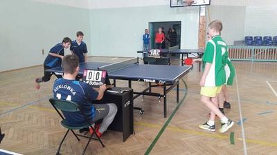 Powiatowe zawody w tenisie stołowym chłopców