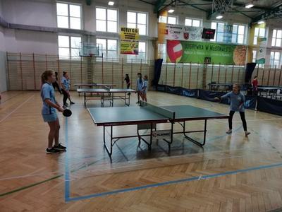 Powiatowe zawody w tenisie stołowym dziewcząt