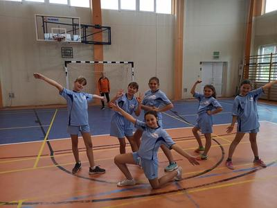 Jak co roku wzięliśmy udział w organizowanym przez Pana Pawła Zielińskiego turnieju piłki ręcznej