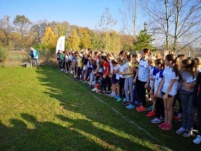Uczniowie naszej szkoły rywalizowali w indywidualnych biegach przełajowych na szczeblu powiatowym. Przy