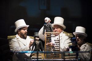 Wyjście klas VII do Białostockiego Teatru LalekZdjęcie 5 [300x200]